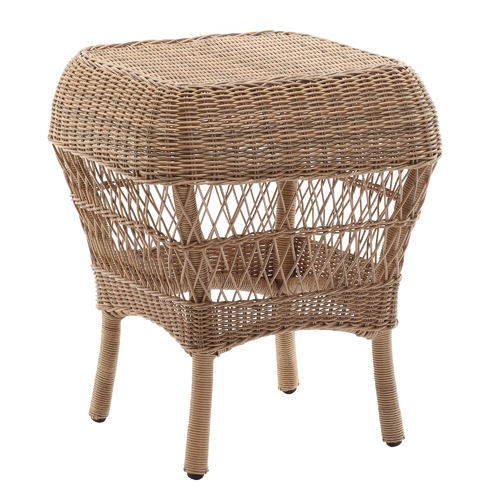 Classic Raffles Outdoor PE Rattan Side Table Colour: Brown
